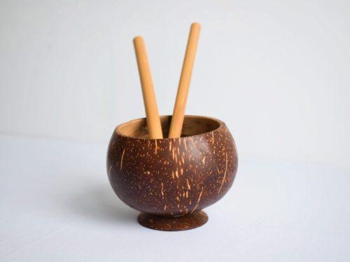 Copa de coco liso + 2 pajitas de bambú - Kokonat Bowls