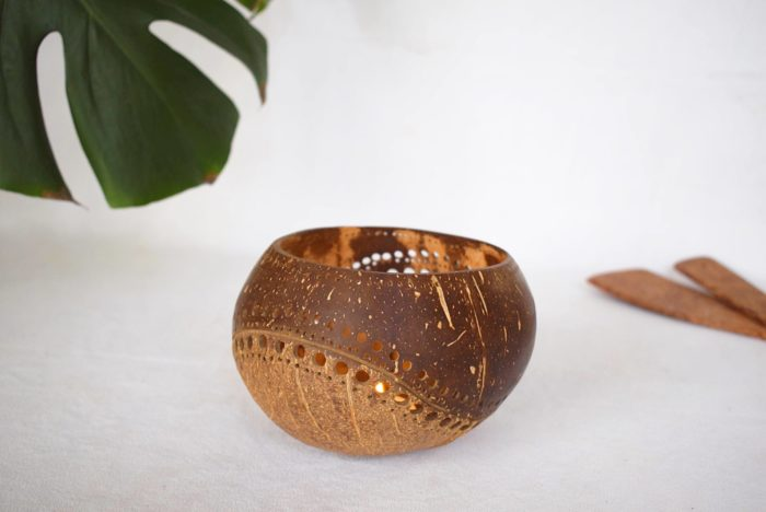 Portavelas de coco encendida Nouc_Kokonat Bowls